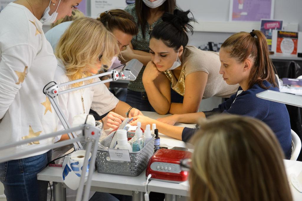 Обучение в школе маникюра и педикюра